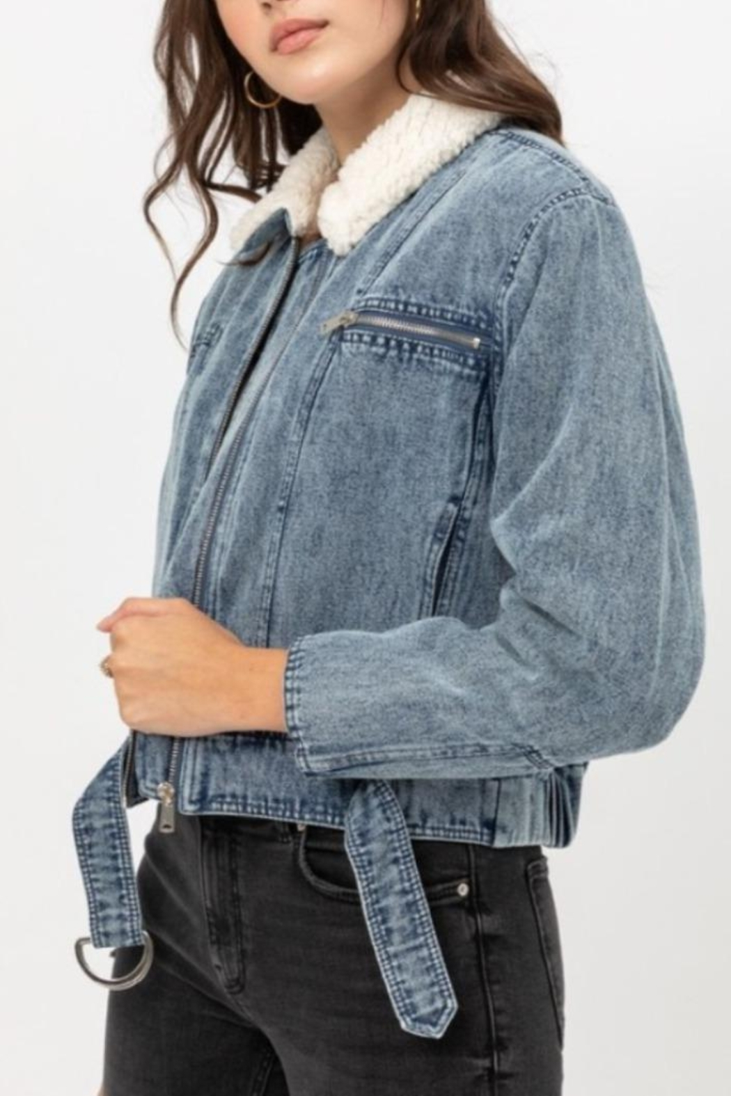 Love Tree Denim Shearling Jacket - Side Cropped Image