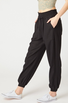 Love Tree Monica Linen Jogger Pant Available In 3 Colors (Black, Olive, Mauve) - Alternate List Image