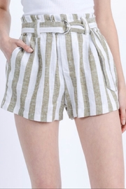 Love Tree Paper-Bag Linen Shorts - Front cropped