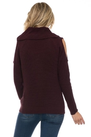 Love Tree Plum Cold Shoulder - Side cropped