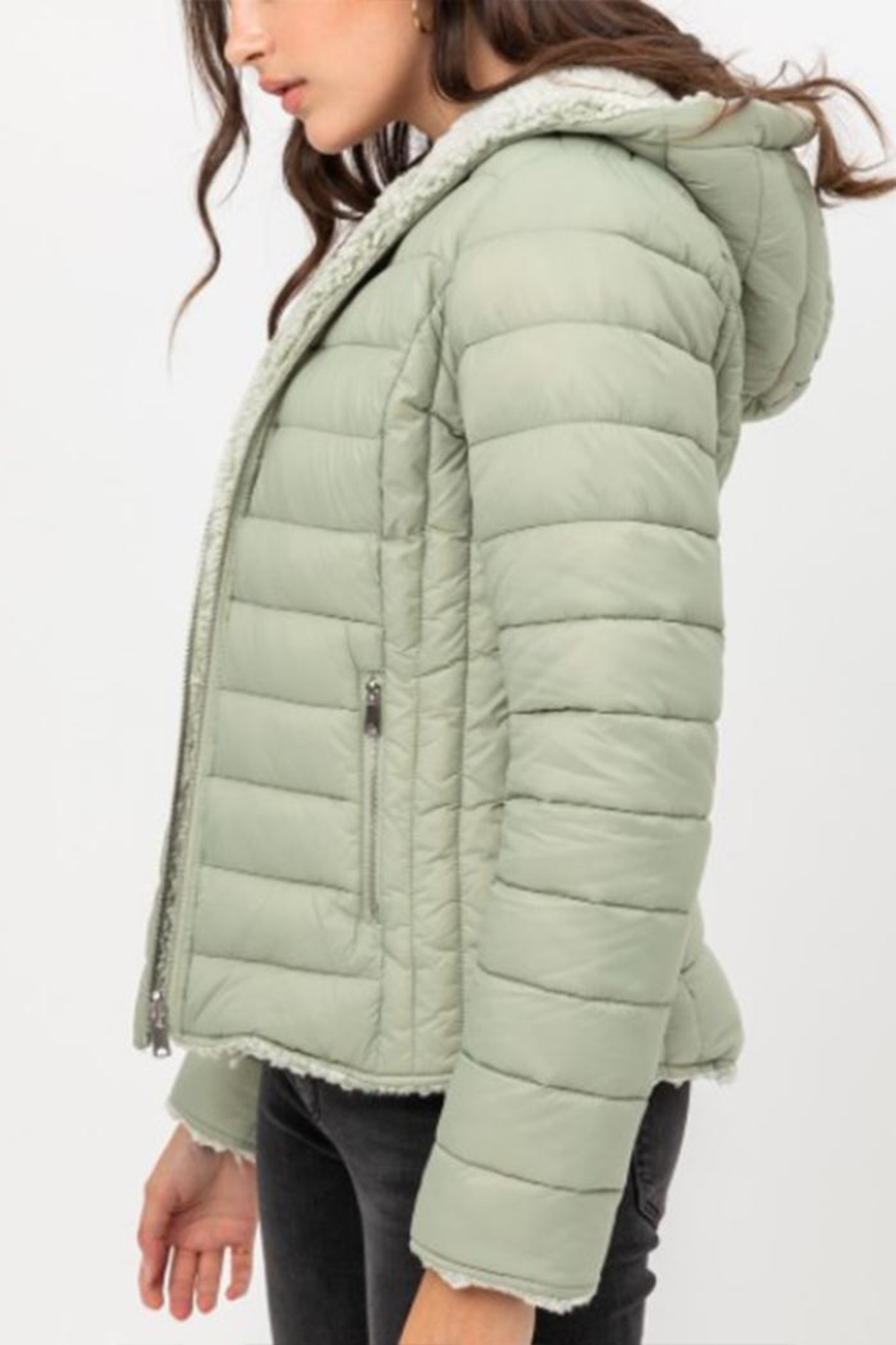 Love Tree Reversible Puffer Jacket - Back Cropped Image