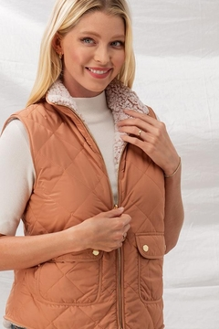 Love Tree Reversible Sherpa Lined Quilted Puffer Vest - Alternate List Image