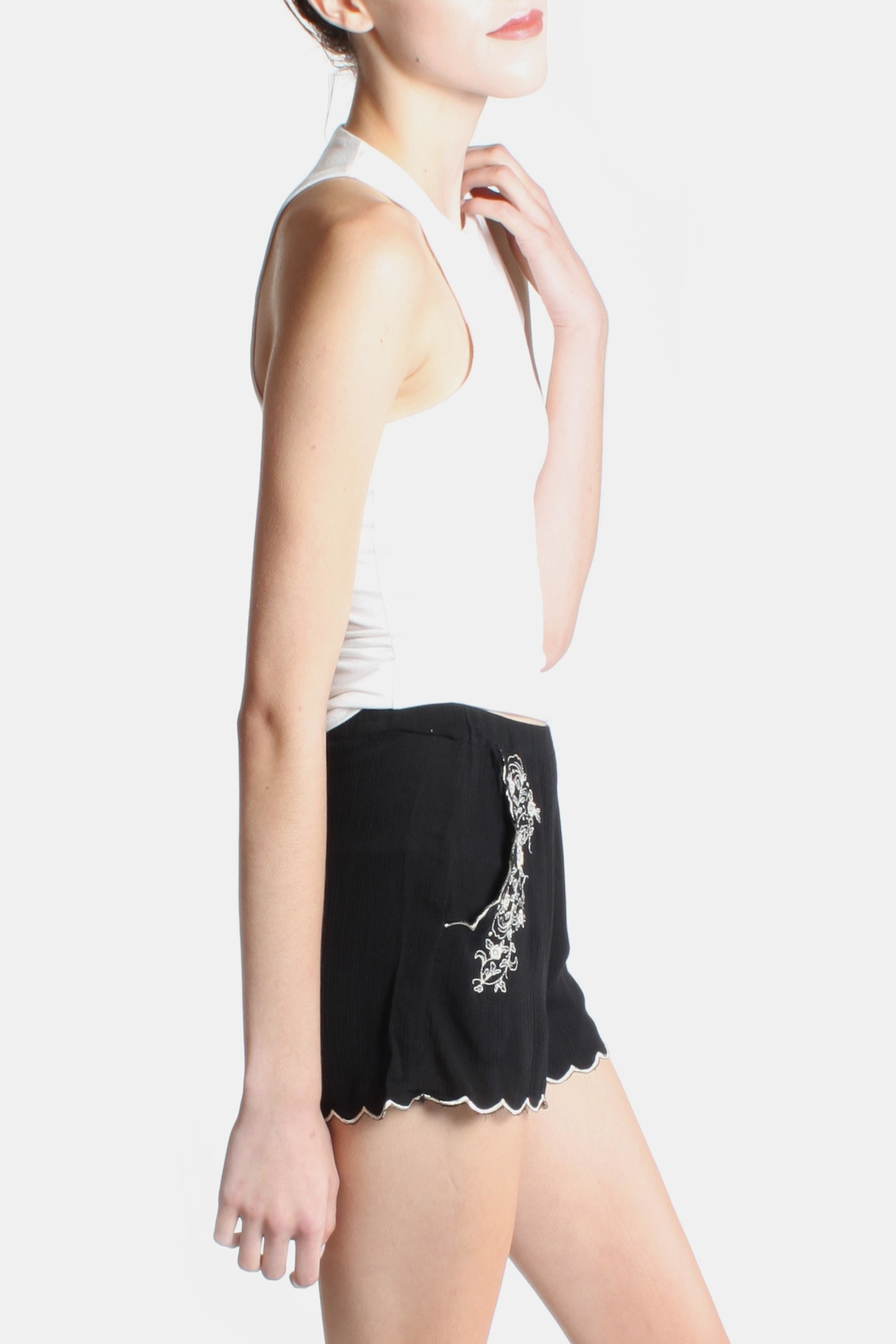 Love Tree Rose Embroidered Shorts - Back Cropped Image