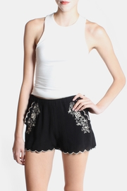 Love Tree Rose Embroidered Shorts - Side cropped