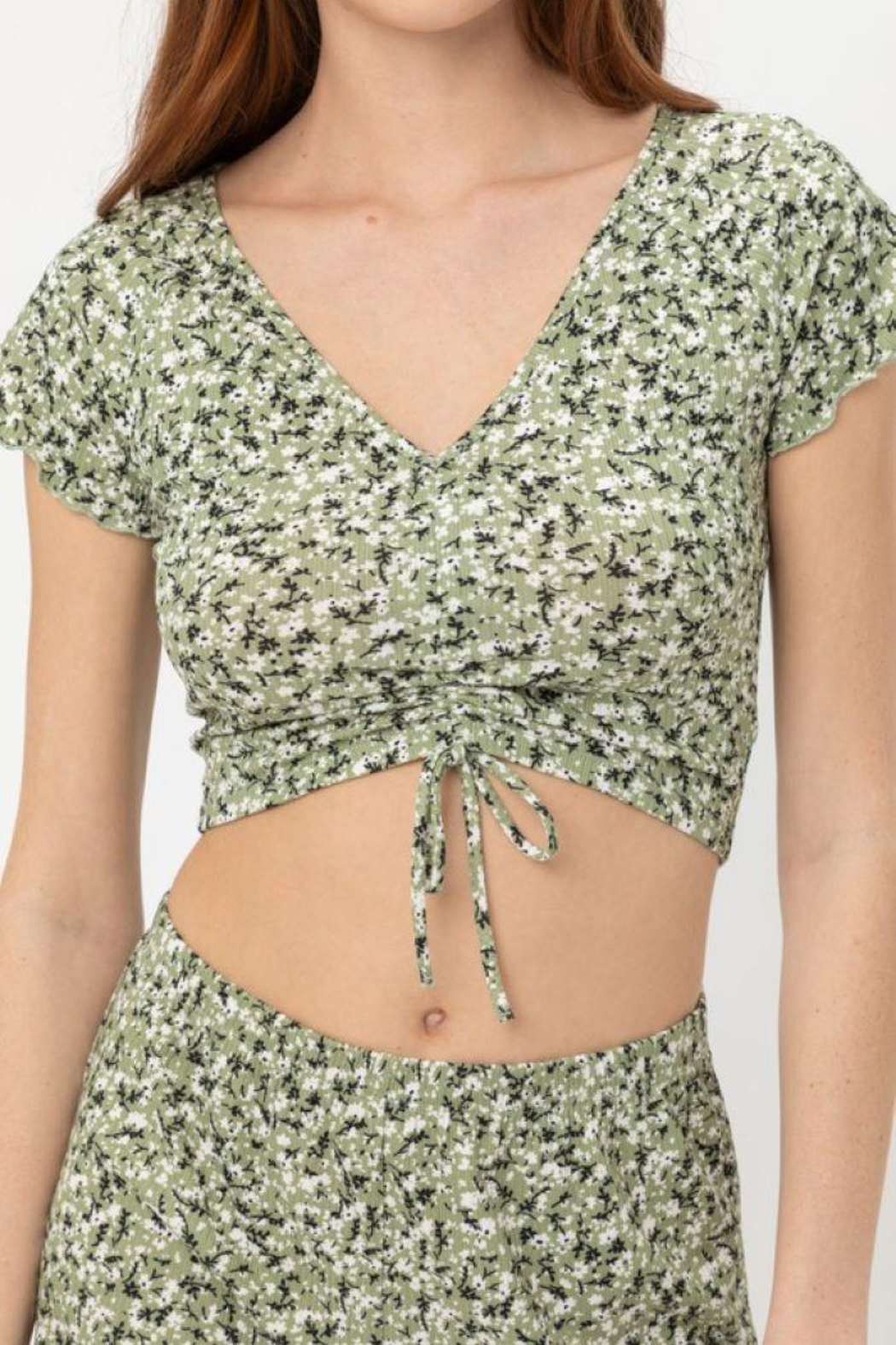 Love Tree Ruched Front Knit Floralcrop Top - Front Full Image
