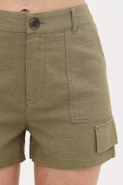 Love Tree Woven Button Front Pocket Detail Short (3 Colors) - Side cropped