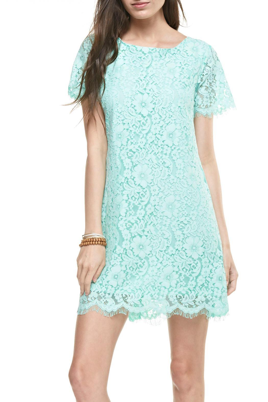 Lace shift dress in green
