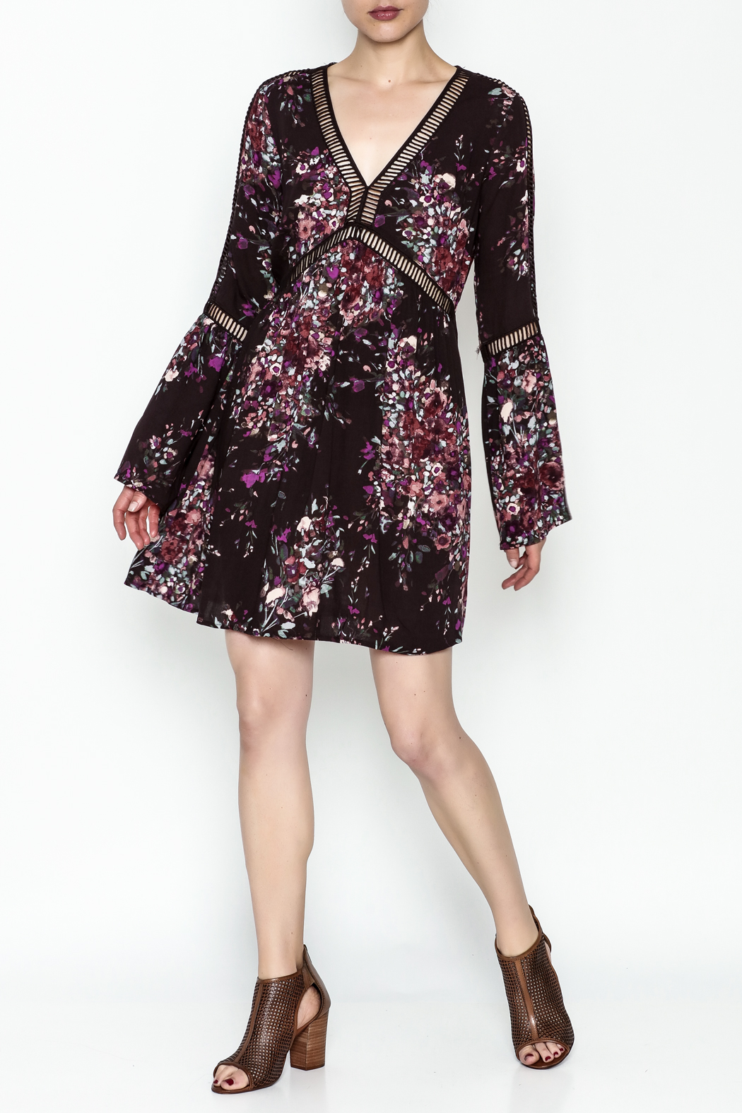 Lovestitch Bell Sleeve Dress - Side Cropped Image