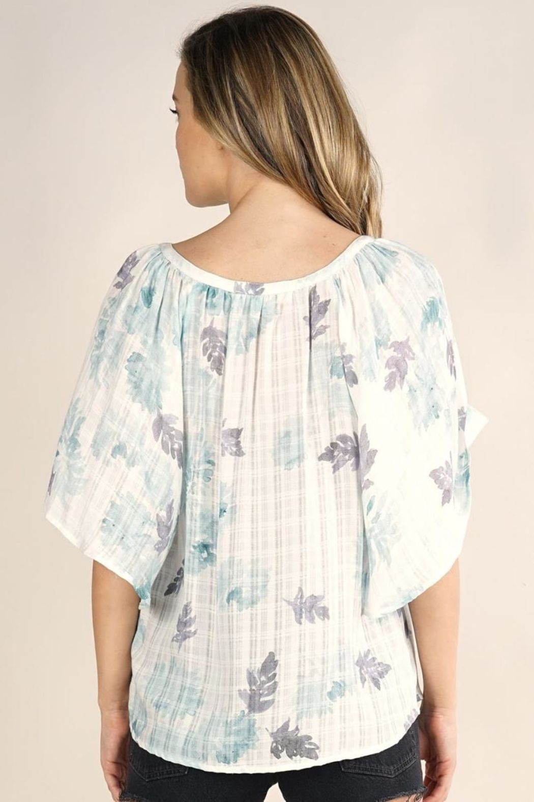 Lovestitch Butterfly Sleeve Top - Side Cropped Image