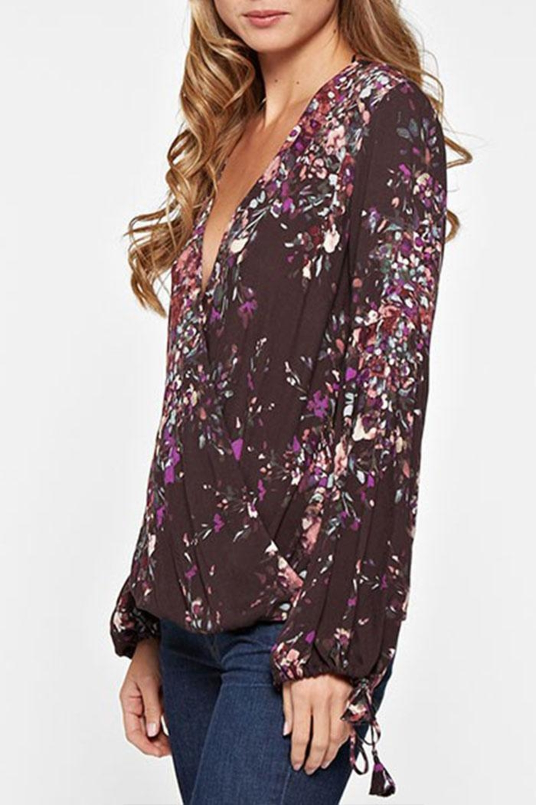 Lovestitch Floral Print Long-Sleeve - Side Cropped Image