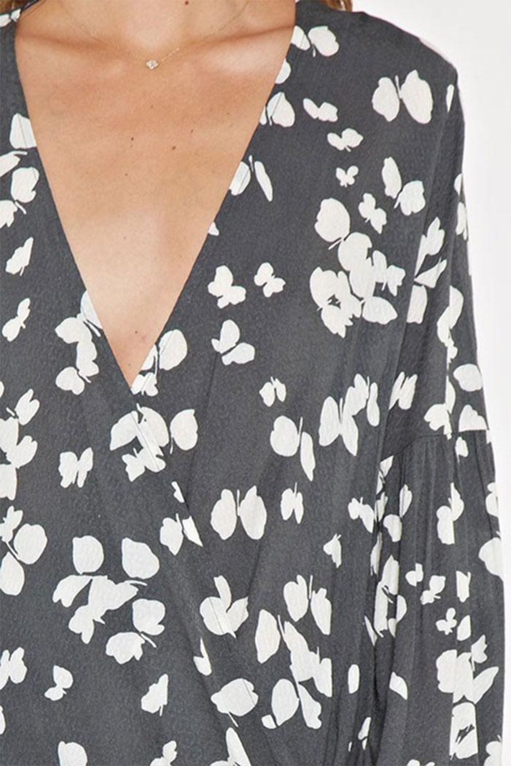 Lovestitch Printed Surplice Top - Side Cropped Image