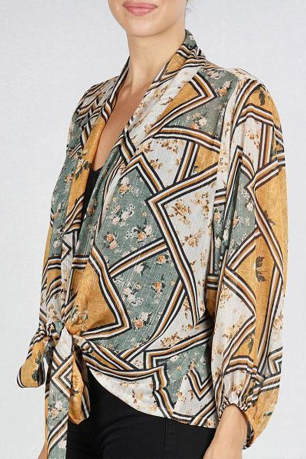 Lovestitch Tie Front Kimono-Top - Back Cropped Image