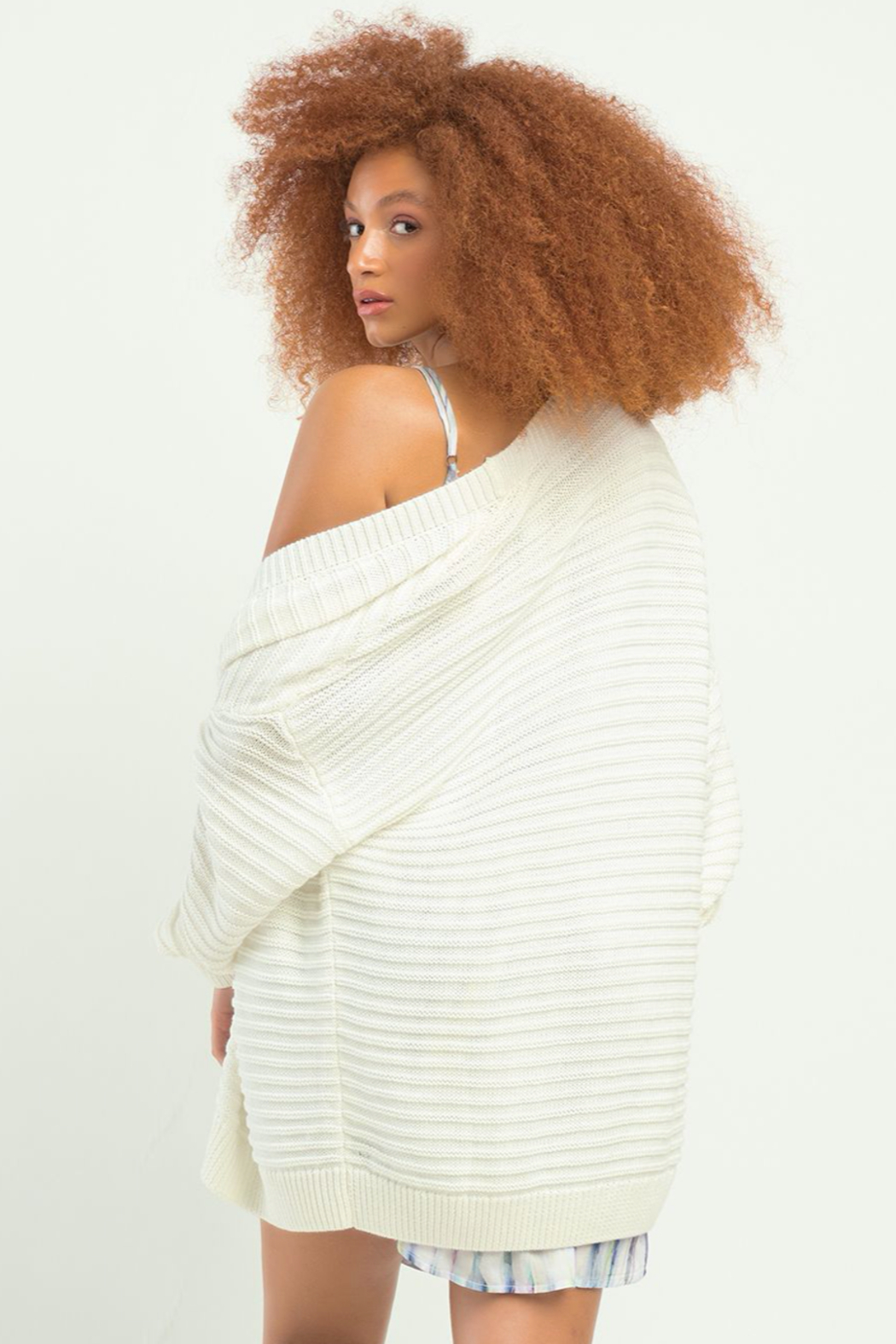 Dex Textured Knit Cardigan - Side Cropped Image