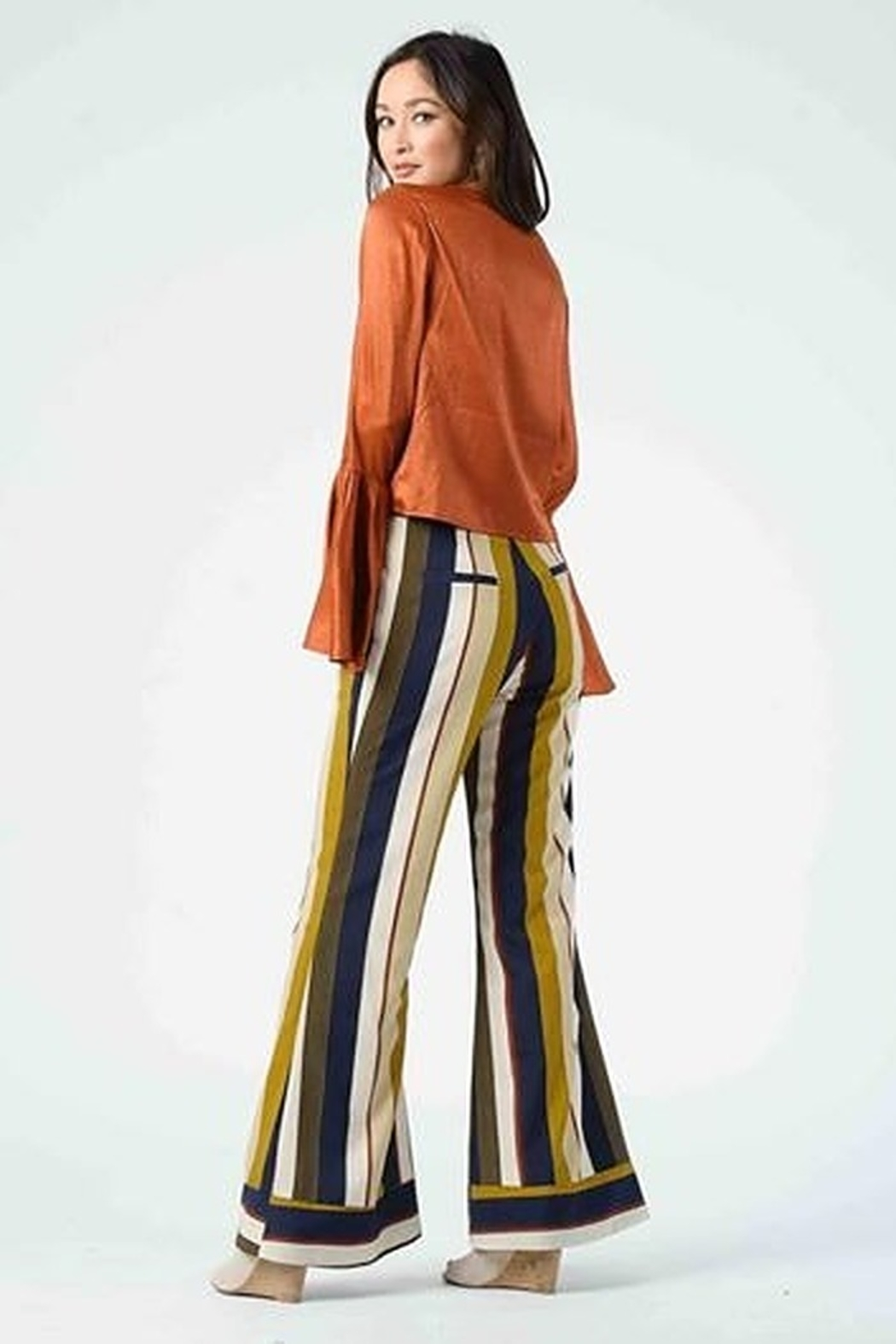 Lucca Couture Isla Contrast Cuff Pants - Side Cropped Image