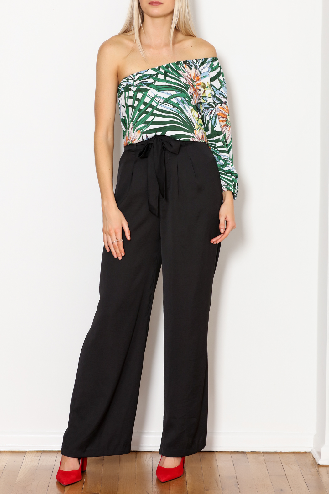lucca couture Palm Print Top - Side Cropped Image