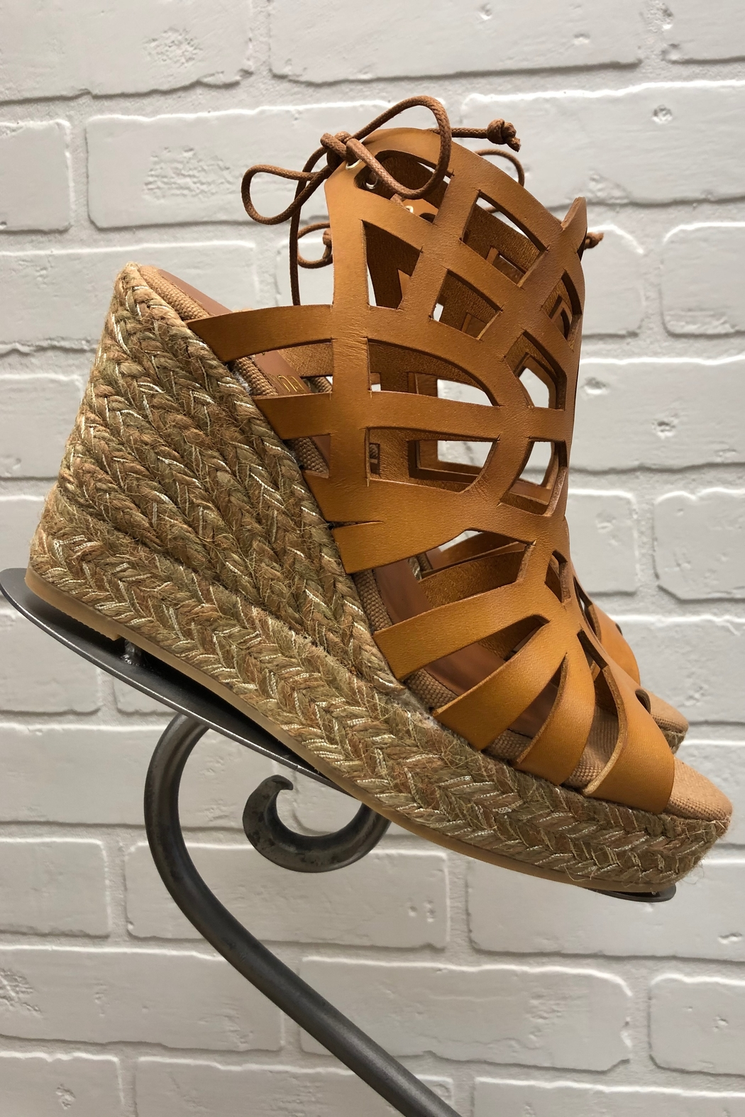 Kanna Lucido Wedge - Front Full Image