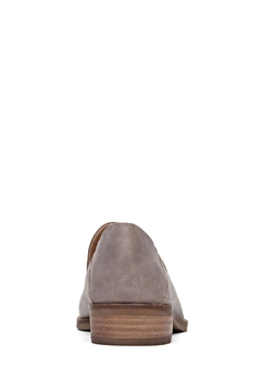 Lucky Brand Cahill Flat - Alternate List Image