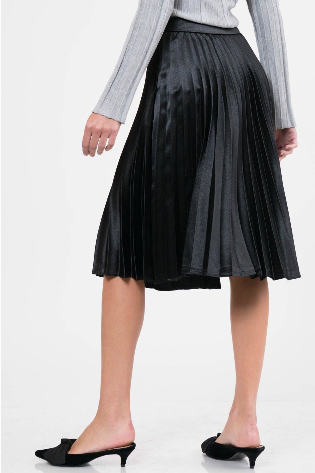 Lucy Paris Pleated Satin Skirt - Side Cropped Image