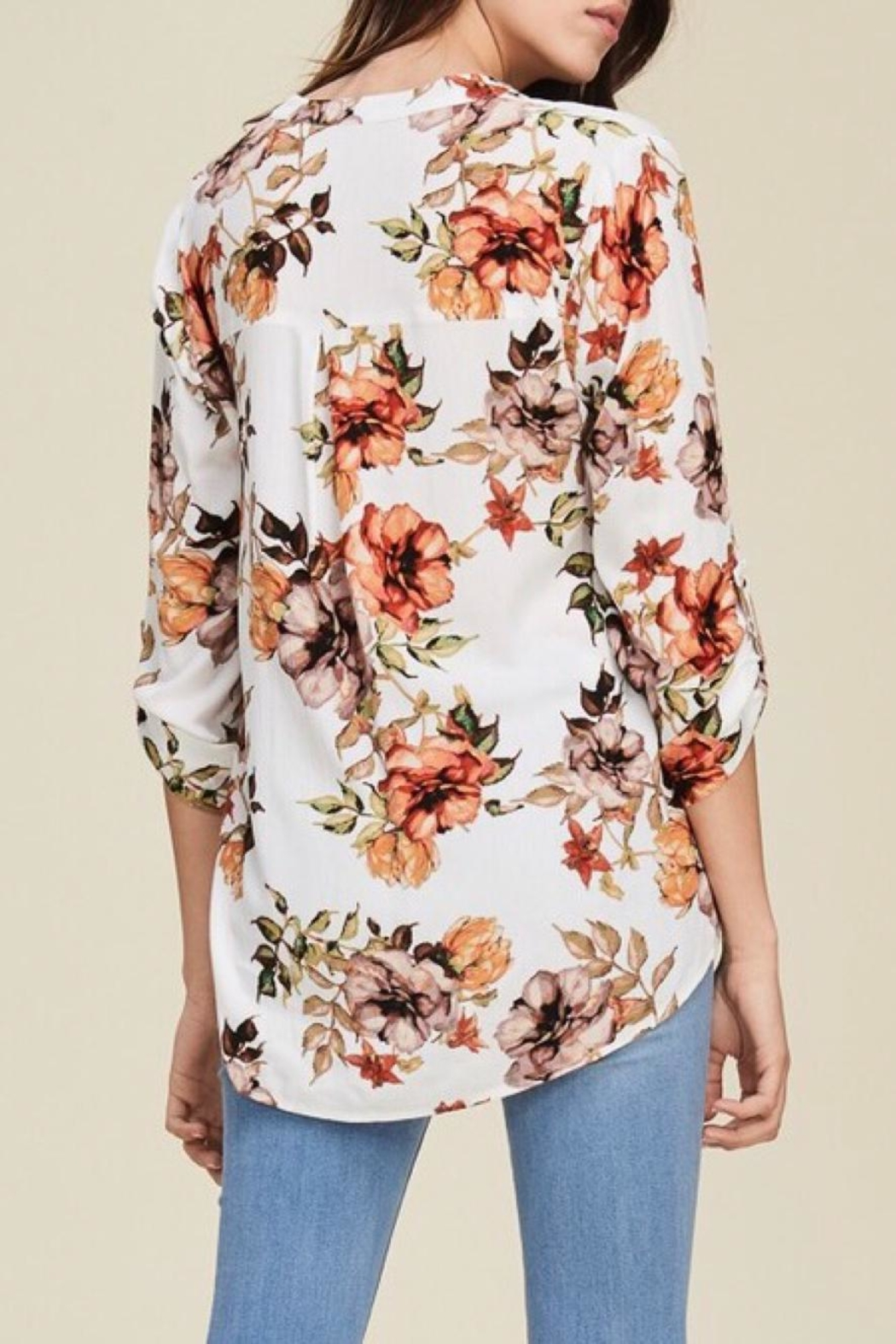 LuLu's Boutique Floral Blouse - Side Cropped Image