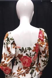 Lulumari Floral Twist Top - Front full body