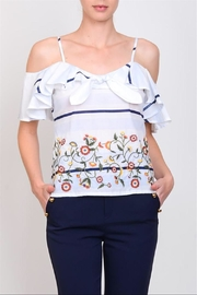 Lulumari Front Ribbon Top - Front cropped
