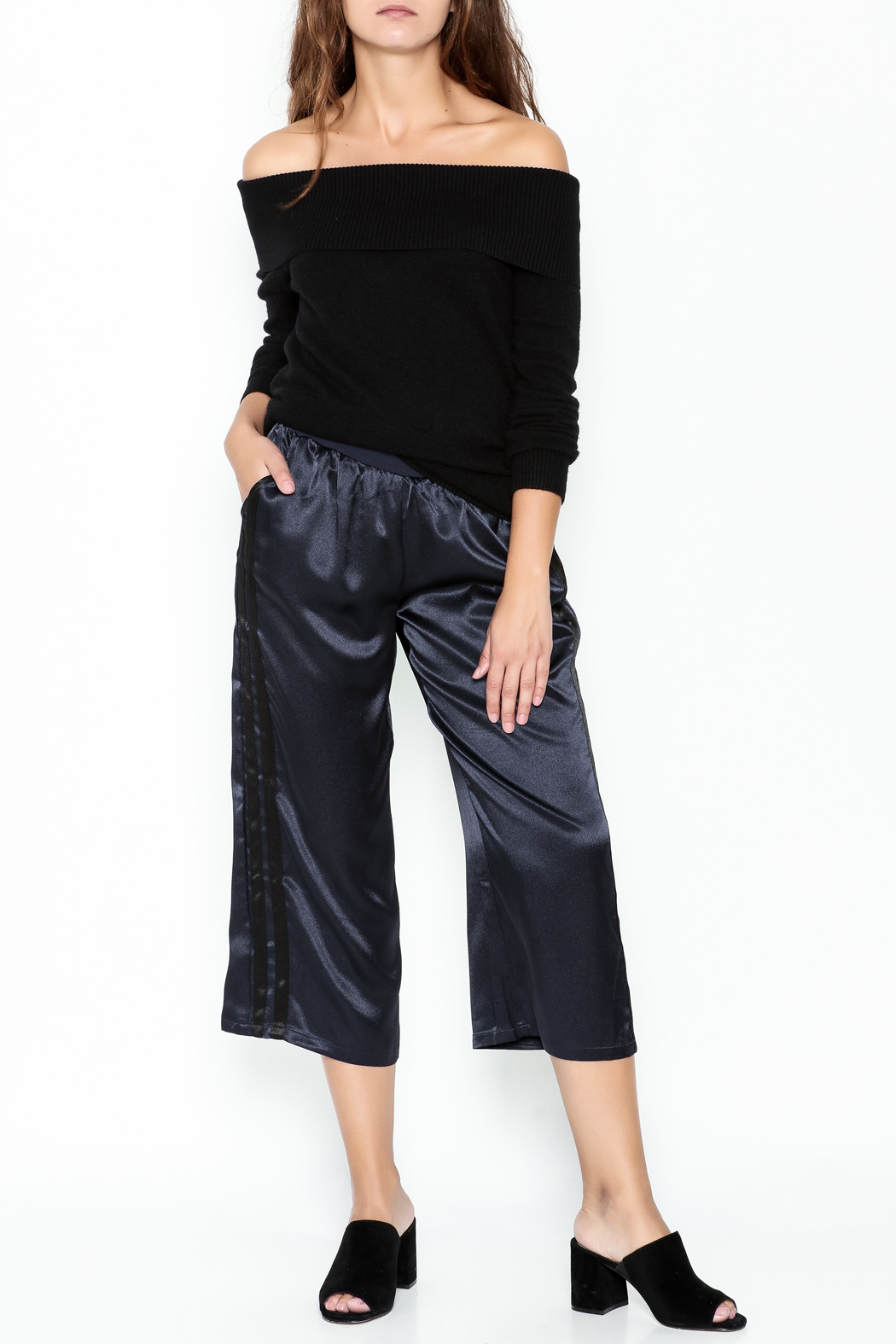 Lumiere Off The Shoulder Blouse - Side Cropped Image
