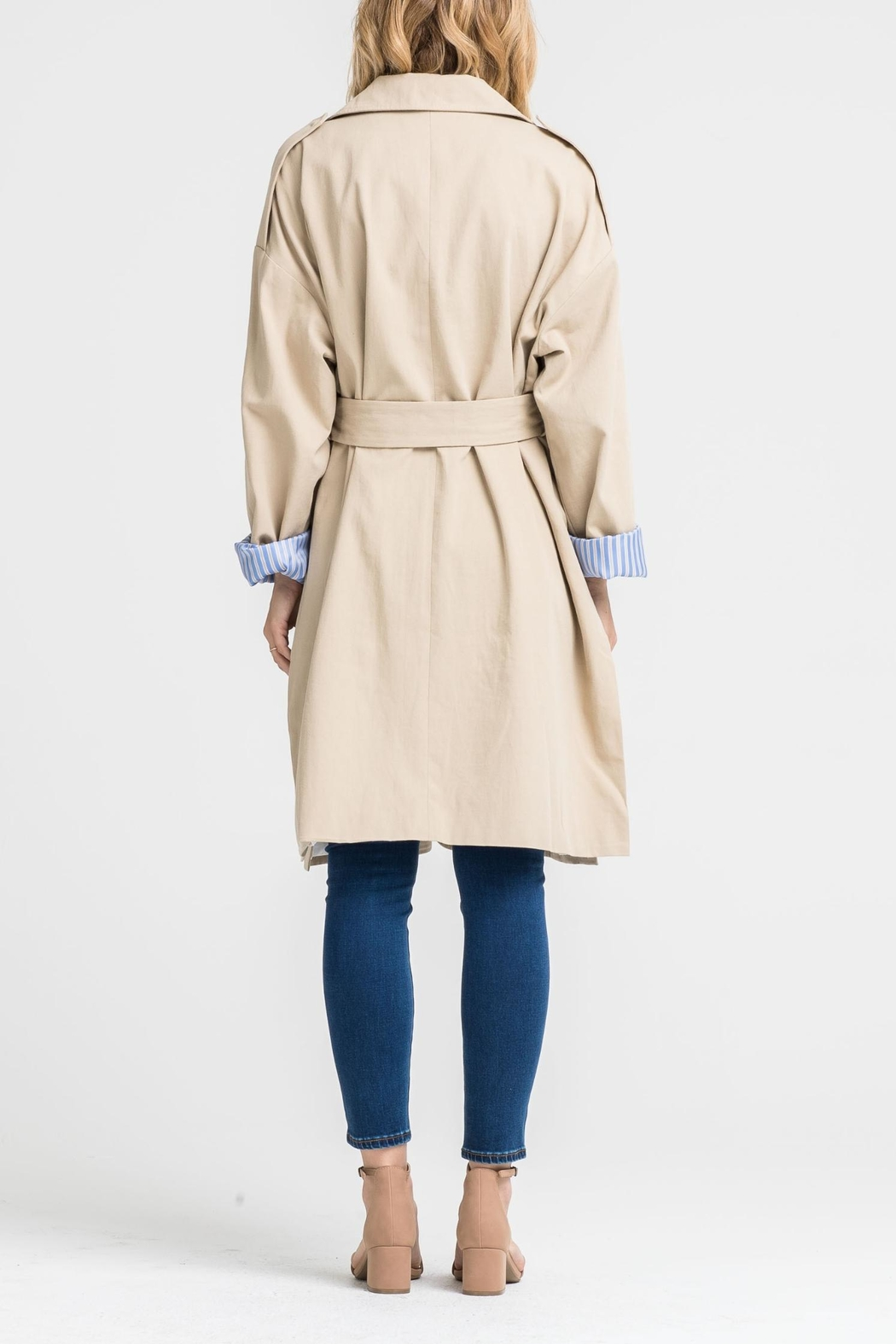 Lush Contrast Trench Coat - Side Cropped Image