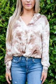 Lush Neutral Tie-Dye Top - Side cropped