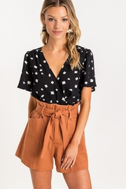 Lush Paper Bag Shorts - Side cropped