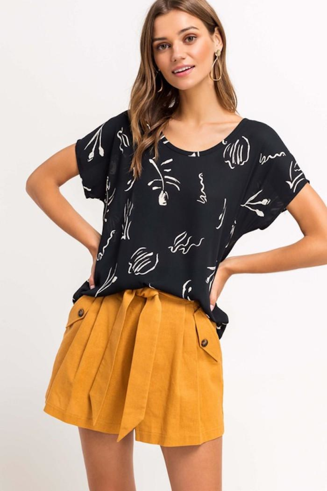 Lush Printed Beauty Top - Side Cropped Image