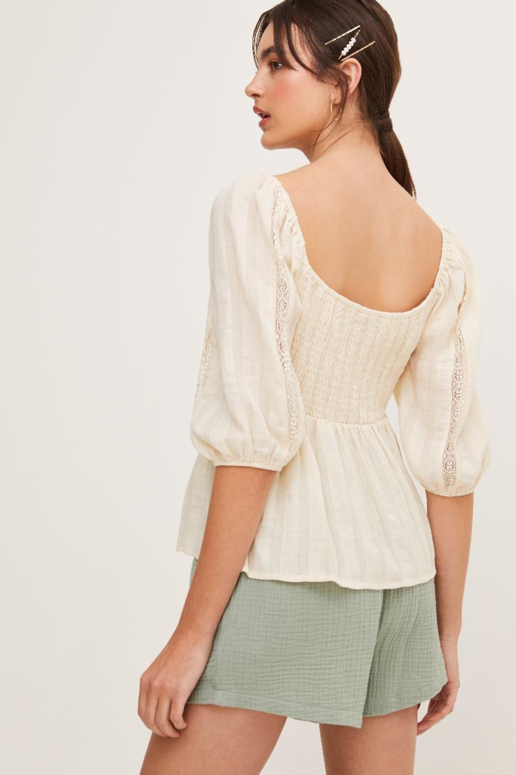 Lush Puff Sleeve Top - Side Cropped Image
