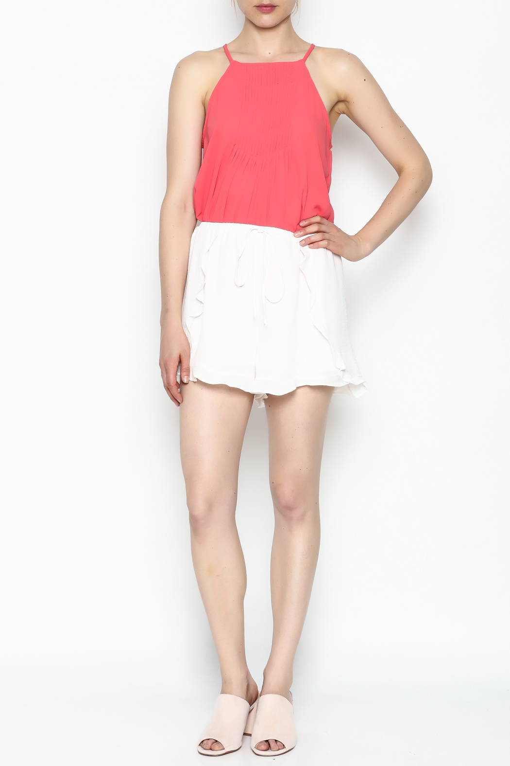 Lush White Ruffle Shorts - Side Cropped Image