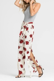 Lush Clothing  Tie-Waist Floral Pant - Front cropped