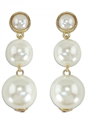 Periwinkle by Barlow LUSTROUS PEARL TRIO DROPS EARRINGS - Product Mini Image