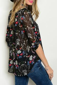 Lux Boutique Floral Print Blouse - Alternate List Image