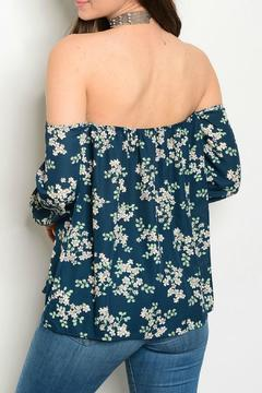 Lux Boutique Floral Print Top - Alternate List Image