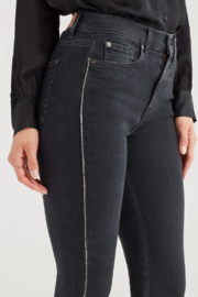 7 For all Mankind Luxe Vintage High Waist Ankle Skinny with Snake Piping in Moon Shadow - Back cropped