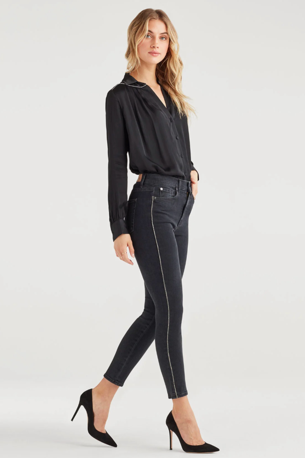 7 For all Mankind Luxe Vintage High Waist Ankle Skinny with Snake Piping in Moon Shadow - Main Image