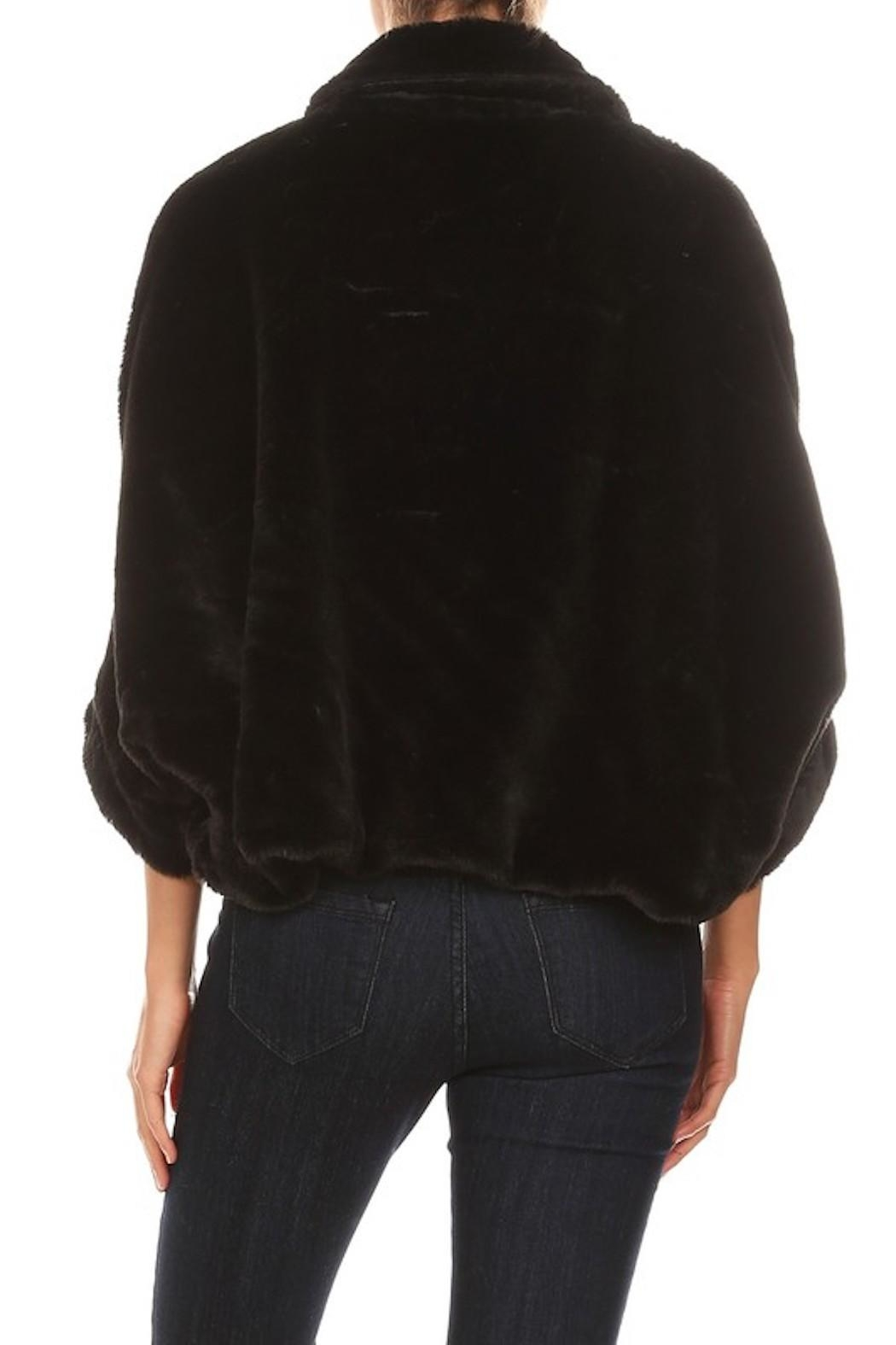 OC Avenue Luxury Short Fur-Coat - Back Cropped Image