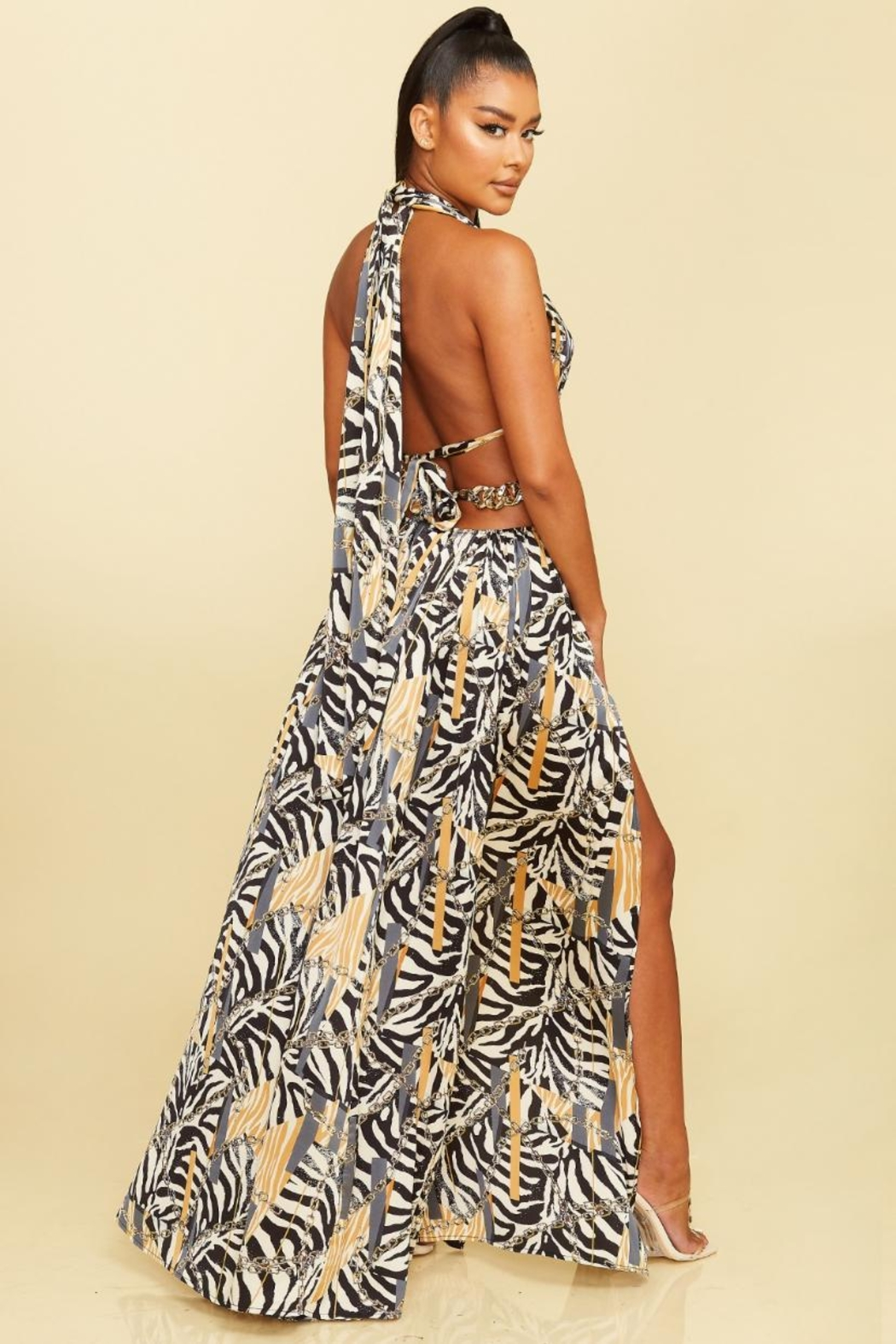 luxxel Cut-Out Zebra Maxi - Front Full Image