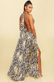 luxxel Cut-Out Zebra Maxi - Front full body