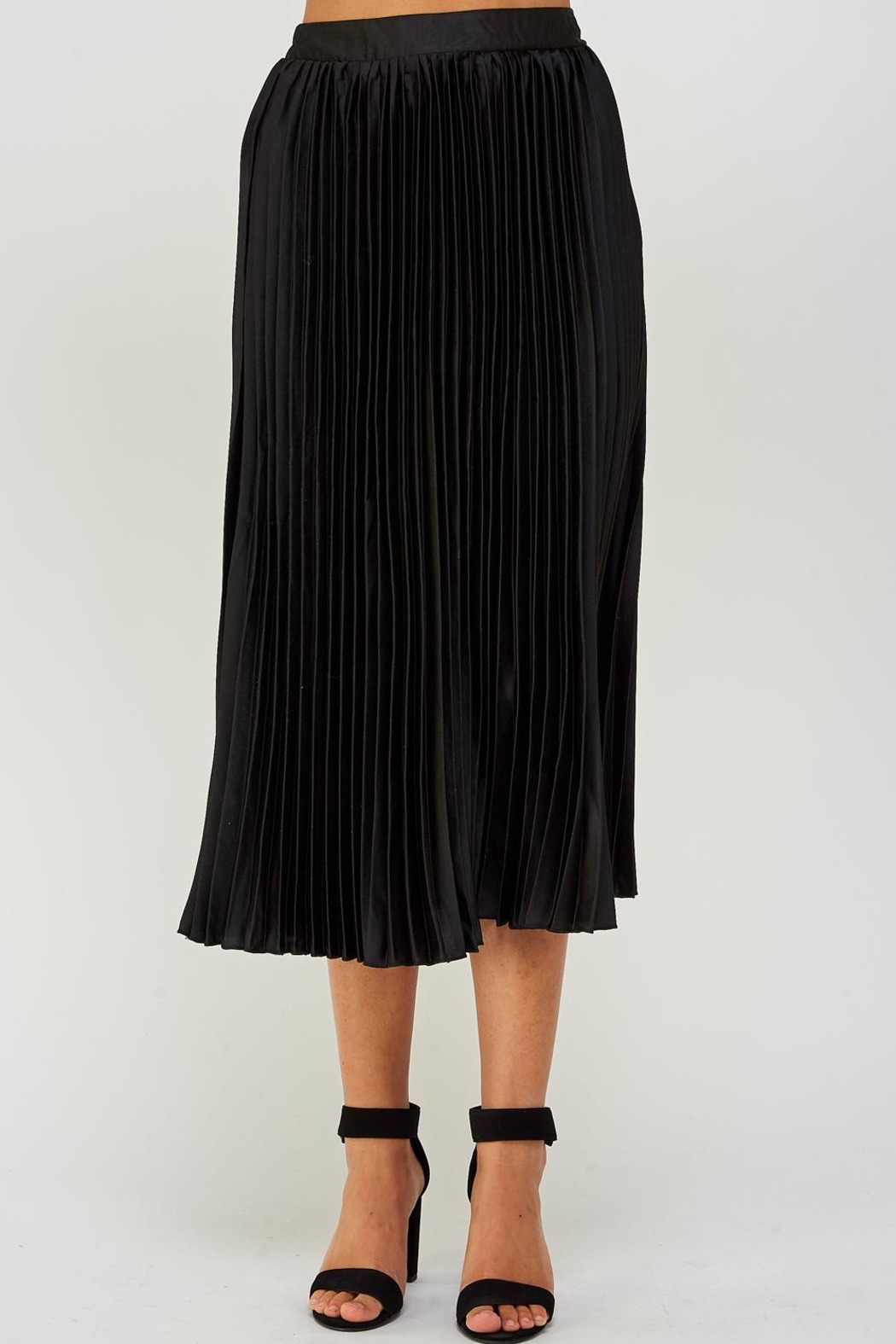 luxxel Pleated Midi Skirt - Front Cropped Image