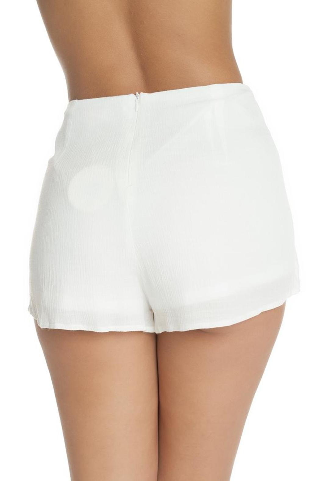 luxxel White Crinkle Shorts - Side Cropped Image