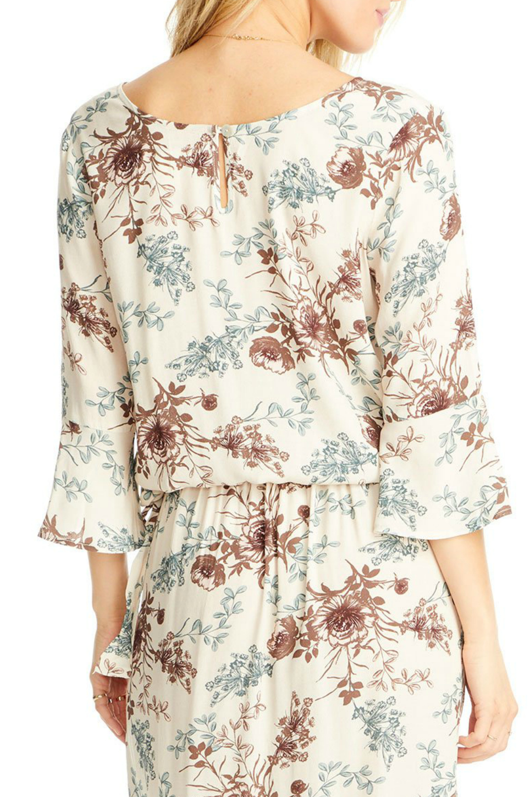 Saltwater Luxe Lyla 3/4 Bell Sleeve Blouse - Side Cropped Image