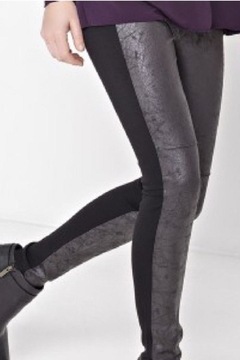 Lyssé Rue Leggings - Product List Image