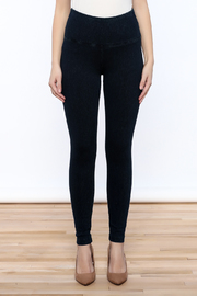 Lyssé Denim Legging - Side cropped