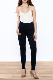 Lyssé Denim Legging - Front full body