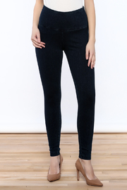 Lyssé Denim Legging - Product Mini Image