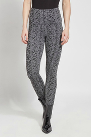 Lysse Signature Legging - Product Mini Image