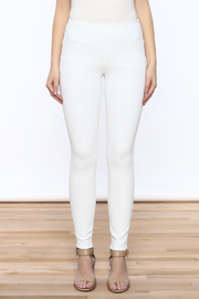 Lyssé White Denim Legging - Side cropped